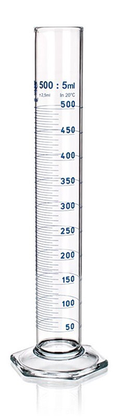 photo 500 mL Pyrex graduated cylinder